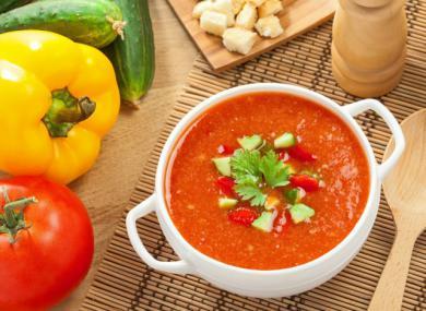 Pyszna pomidorówka z serkiem topionym