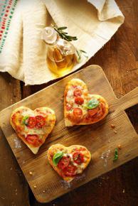 Mini pizze w kształcie serca