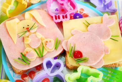 Wesoła kanapka z królikami
